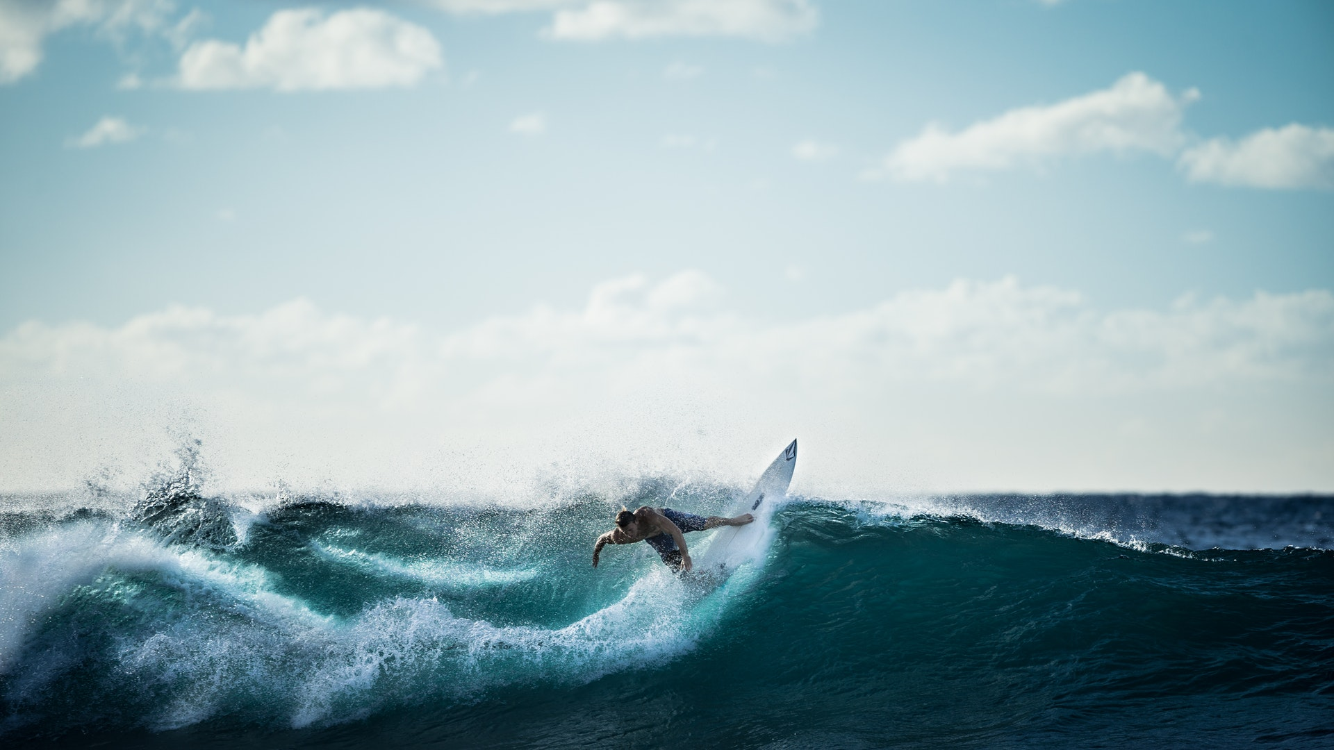 How Surfing Is A Spectator Friendly Sport