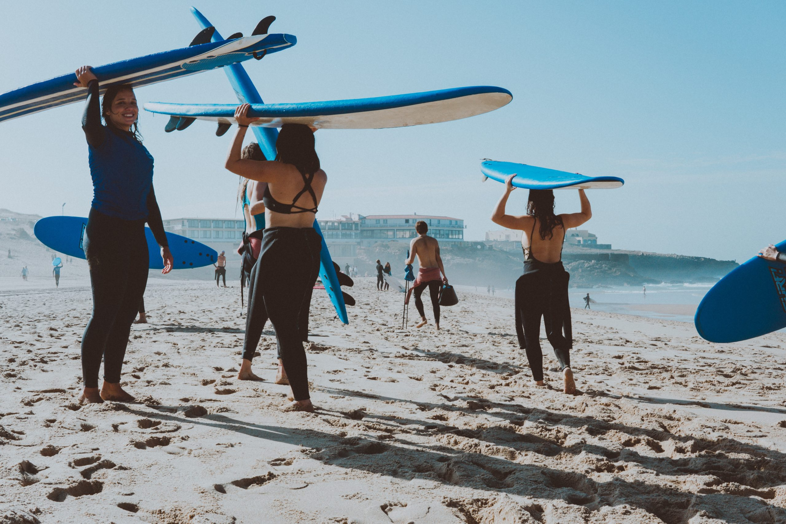 5 Reasons For You To Go To A Surf School