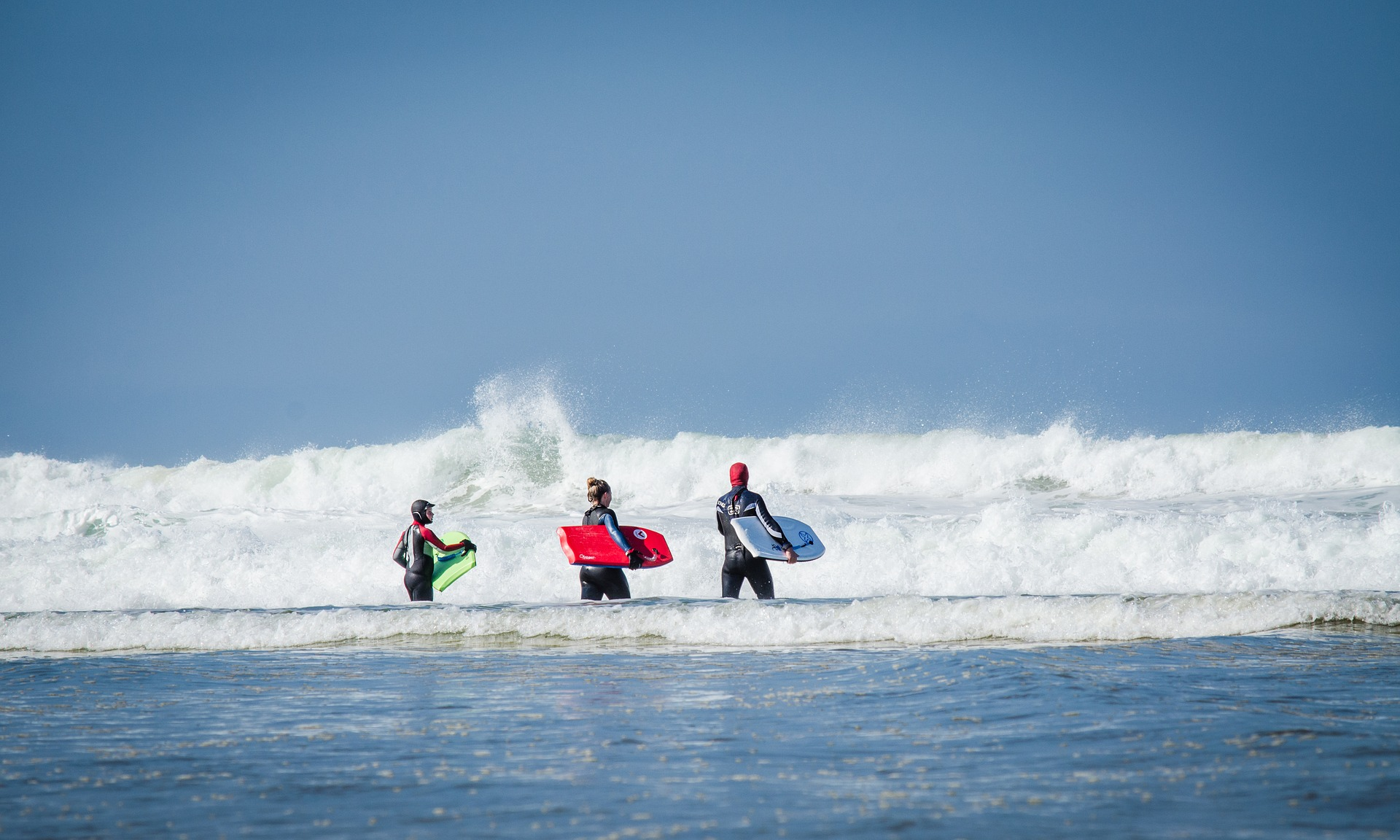 Benefits Of Going On A Surf Camp With Your Kids