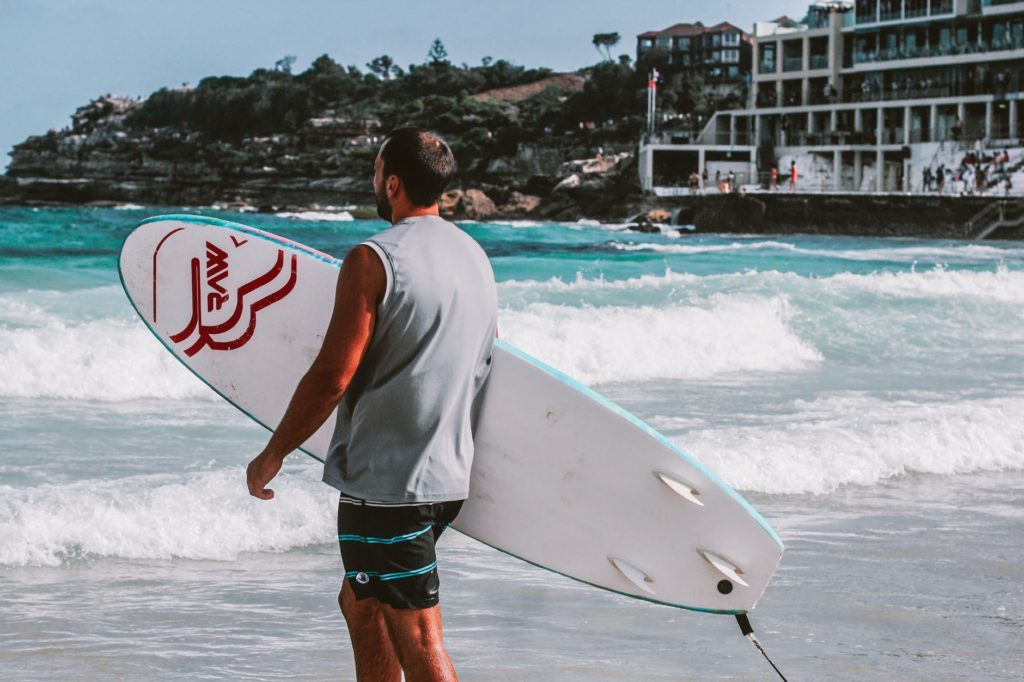 4 Beaches To Give You Mesmerizing Experience Of Surfing Australia
