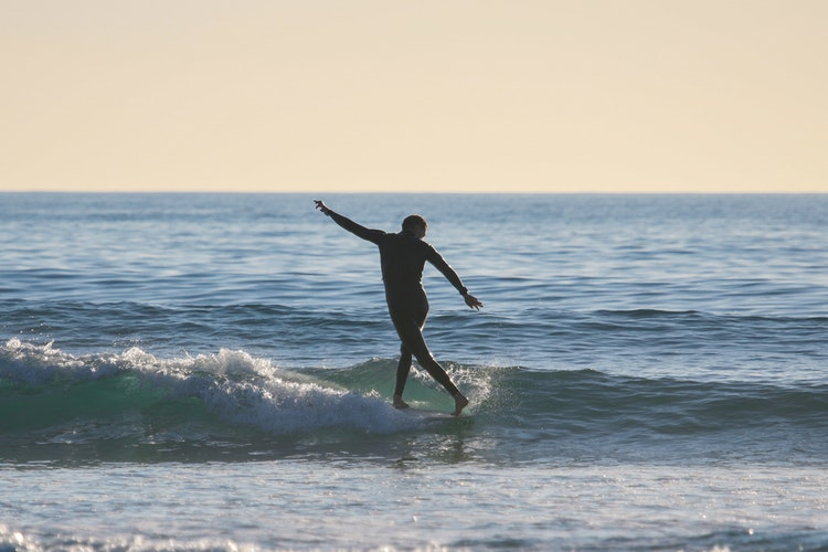 Stylize Longboard Surf With These Tips