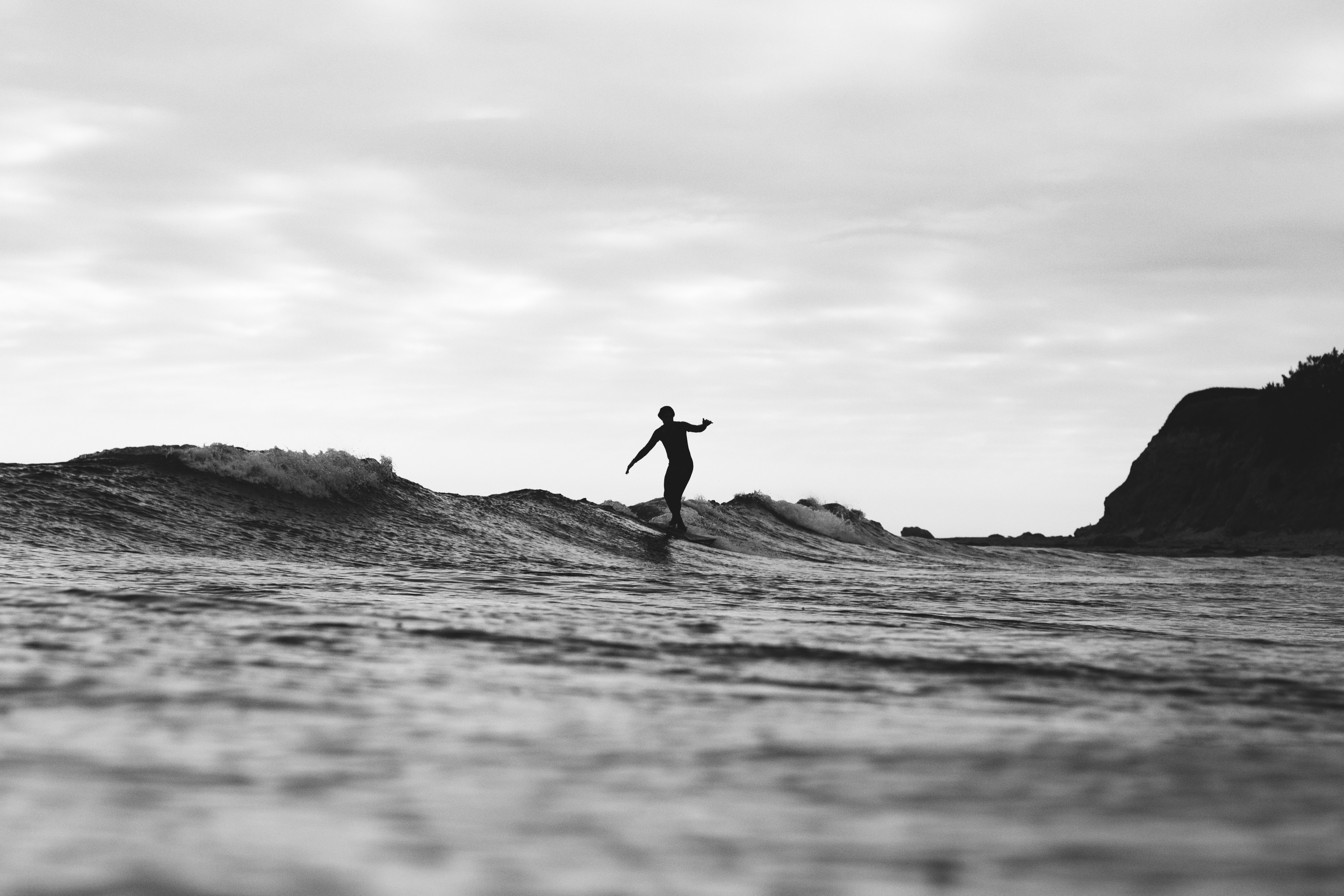 What Is Surfing? Let Us Know More About It