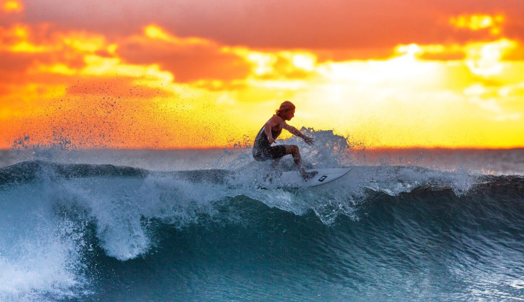 Surfing Tactics - The Key Elements of a Good Surfer