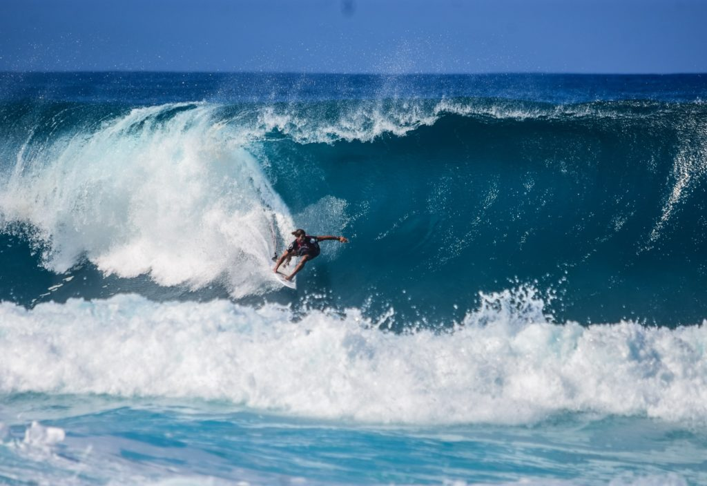 Surfing Tactics For Beginners  To Help