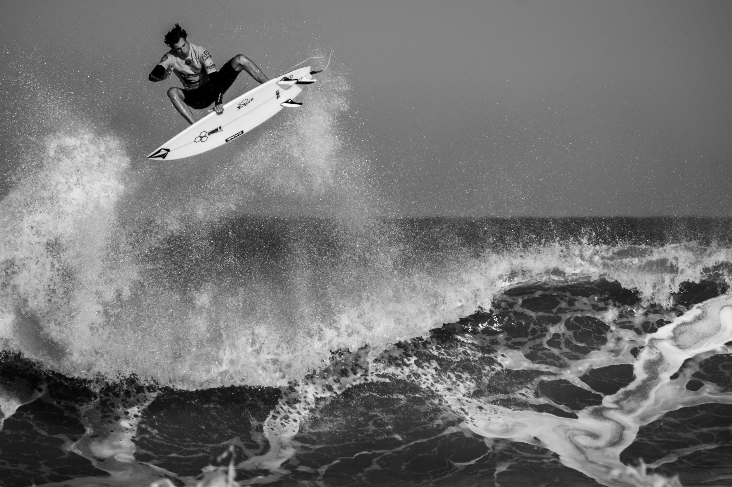 Here Is The Surfing World Review