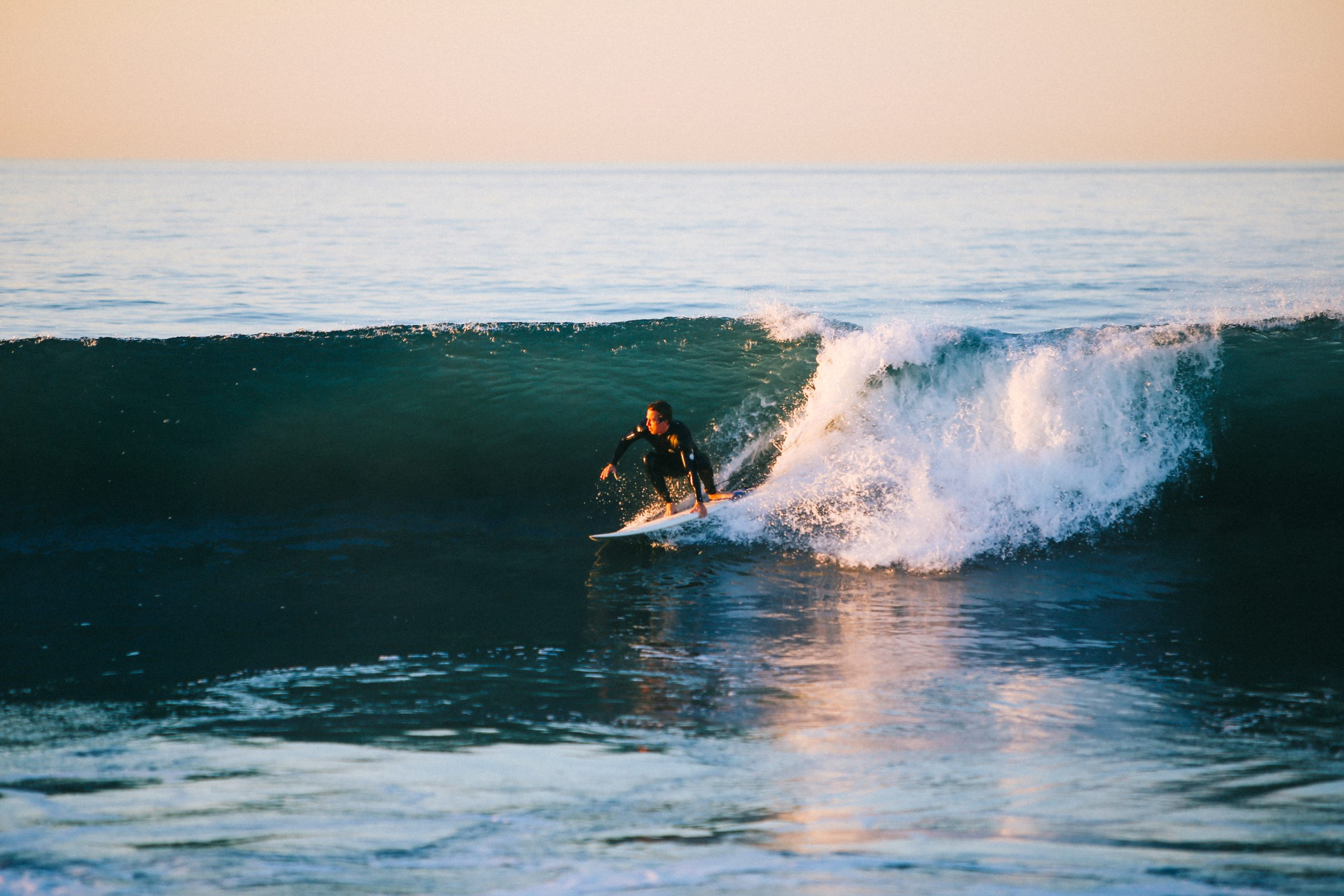 Surfing Instruction: How To Find A Great Location For Surf Lessons